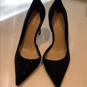 Coach pumps in black with beading